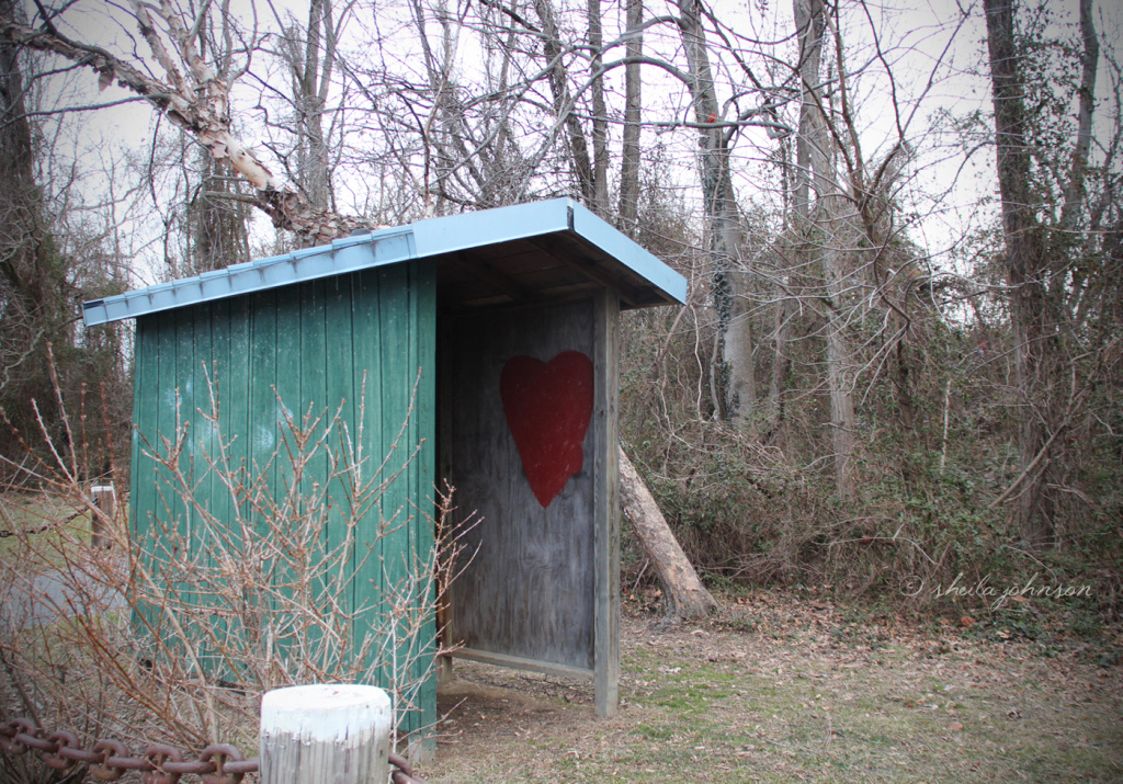 A rustic little rain shelter at Mariner Point Park, Joppa, Maryland, is decorated with a big red heart. Perhaps not painted by a master, but maybe someone with the heart of one!